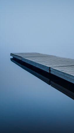 Пристань, отражение (vertical)