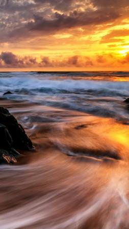 Восход, океан (vertical)