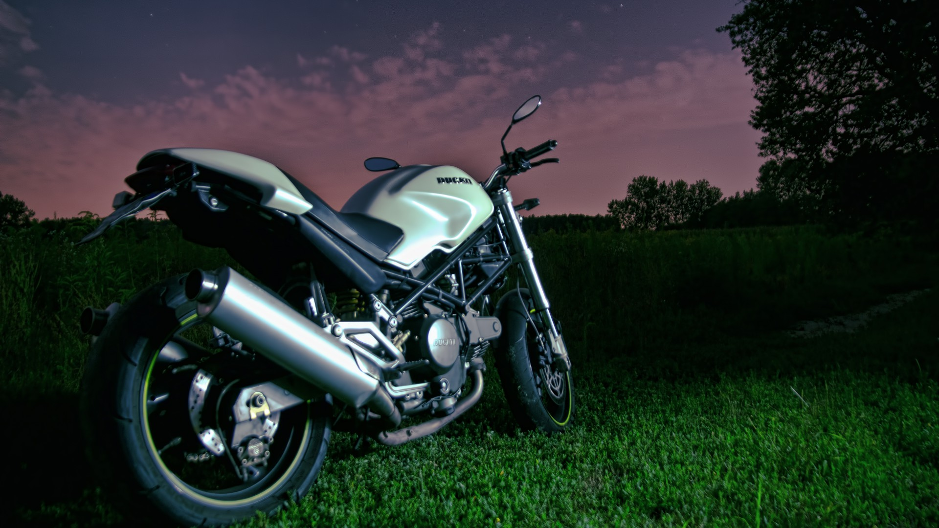 Дукати Монстр, 796, спортбайк, скорость, обзор, ночное небо, Ducati Monster 796, night sky, motorcycle, racing, bike, sport bike, review, test drive, buy, rent (horizontal)