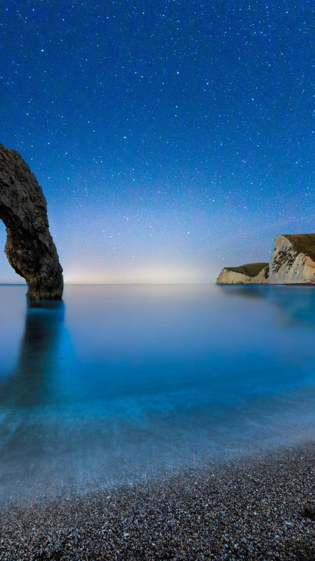 Дердл Дор, 5k, 4k, море, пляж, ночь, Англия, Durdle Door, 5k, 4k wallpaper, beach, night, stars, sea, England (vertical)