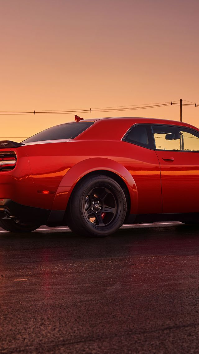 Dodge Challenger SRT Demon, красный, 2017 Нью-Йоркский Автосалон, Dodge Challenger SRT Demon, red, 2017 New York Auto Show (vertical)