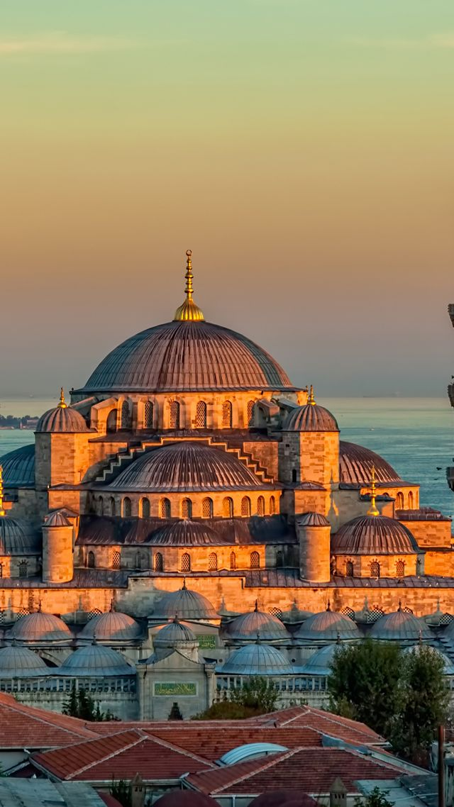 Голубая мечеть, Sultan Ahmed Mosque, Turkey, Istanbul, sunrise, 4k (vertical)
