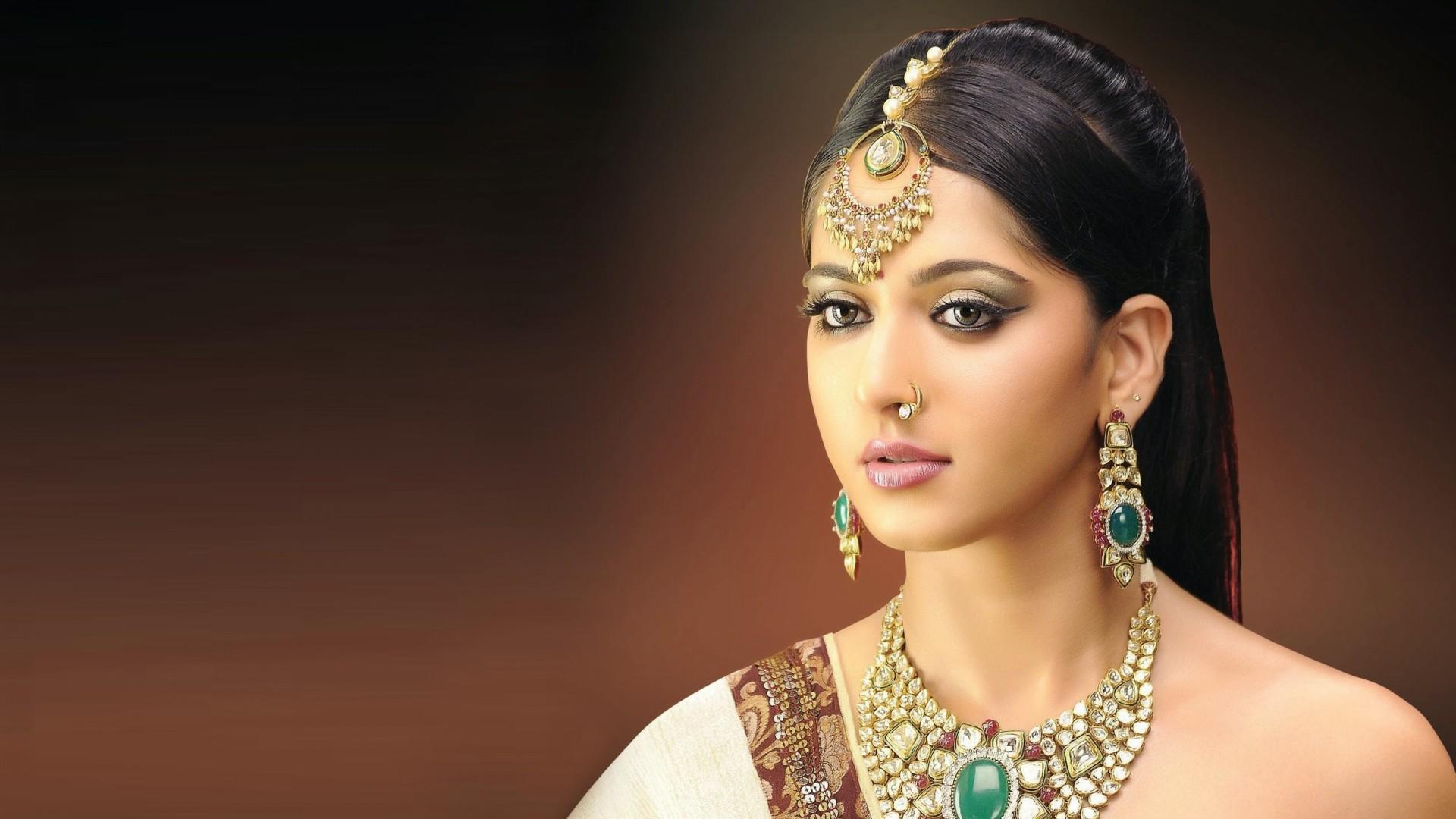 Самая красивая девушка индии фото фото русских жен