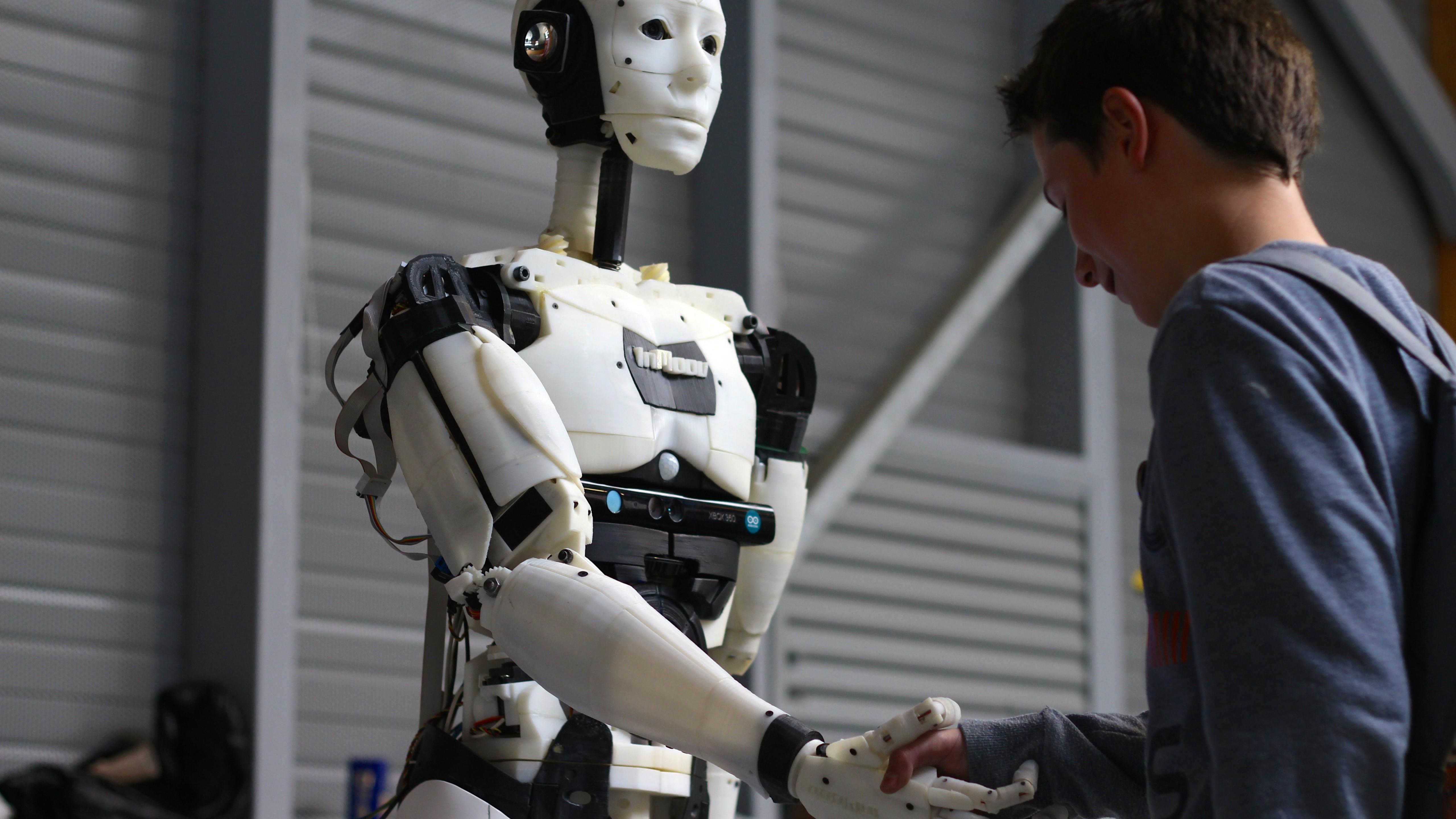 Картинка человекоподобный робот