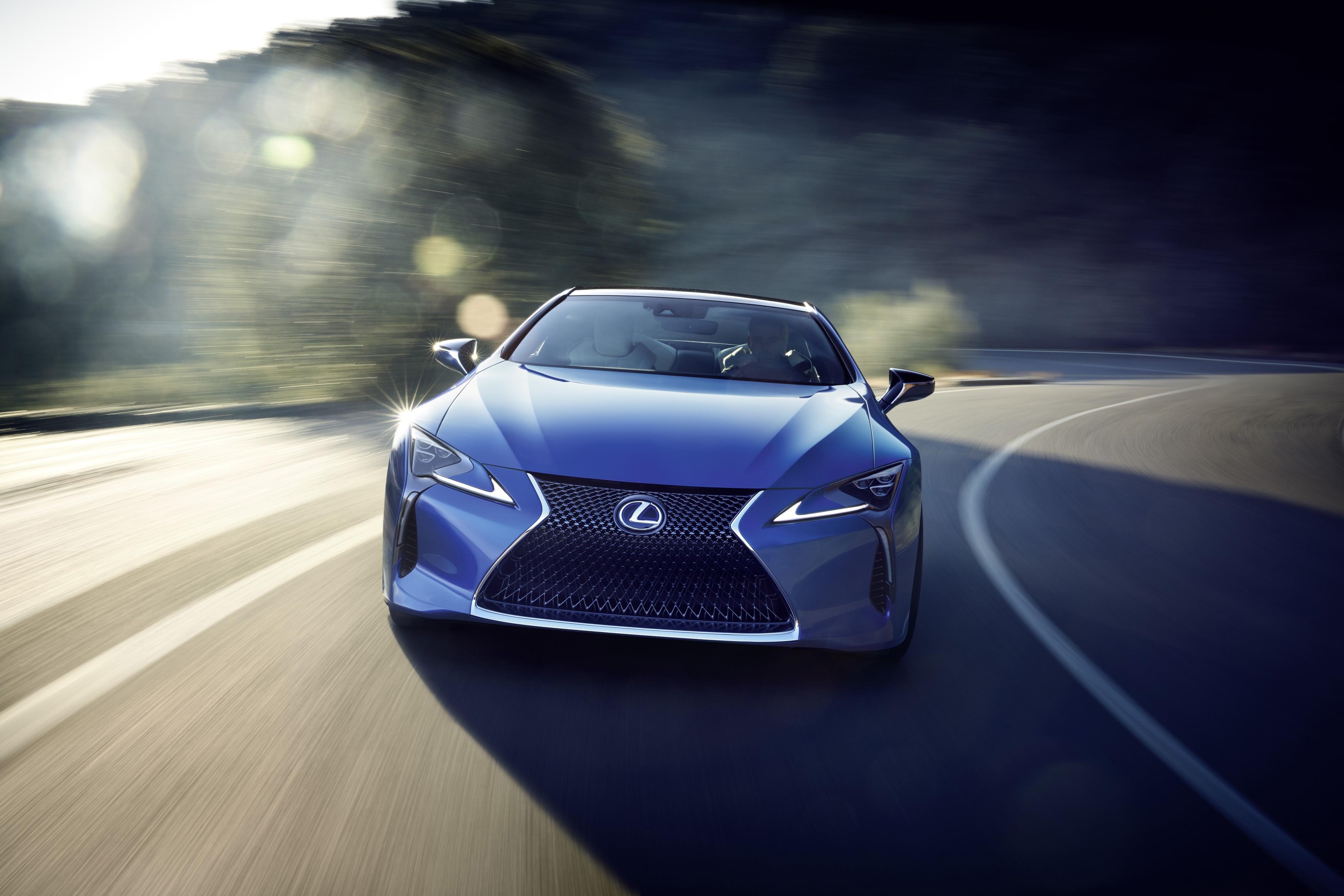 спортивный автомобиль синий Lexus LC загрузить