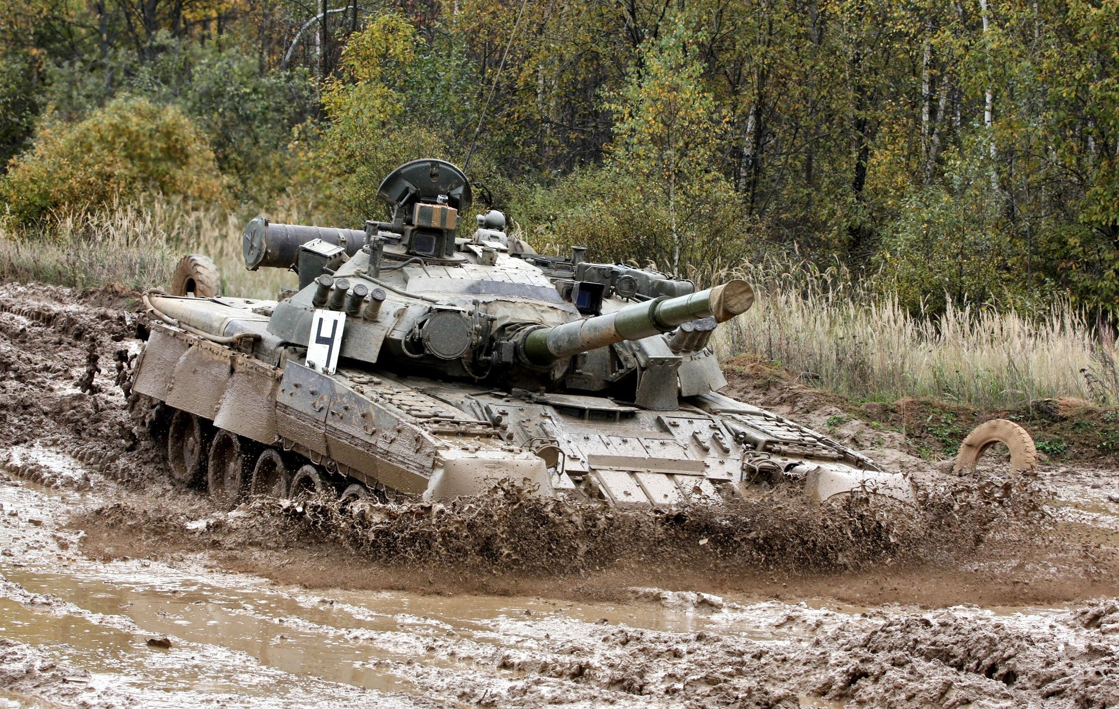 80 t80 u tank russian army for 80s wallpaper home